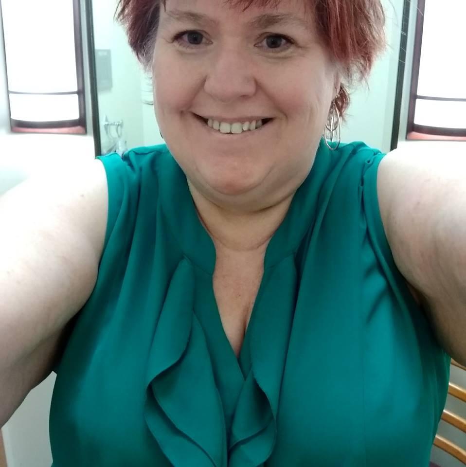 Cindy selfie photo